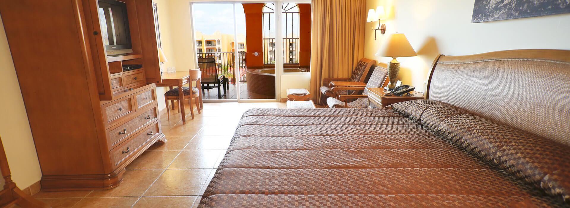 amplia suite con una cama king
