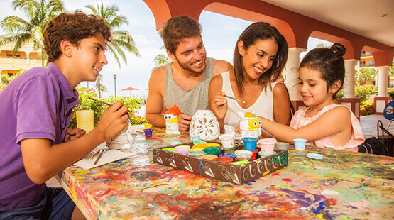 playa del carmen resort with family activities