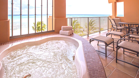 suites with jacuzzi in riviera maya hotel