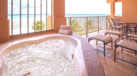 suite con jacuzi en hotel de la riviera maya