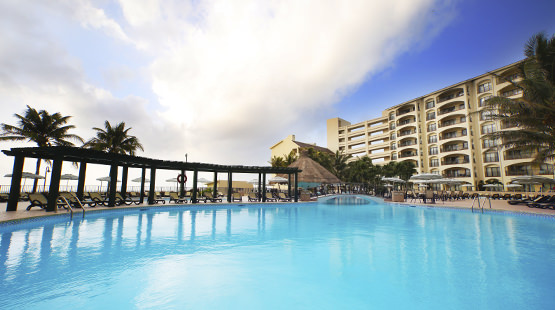 resorts para vacaciones en familia a Cancún